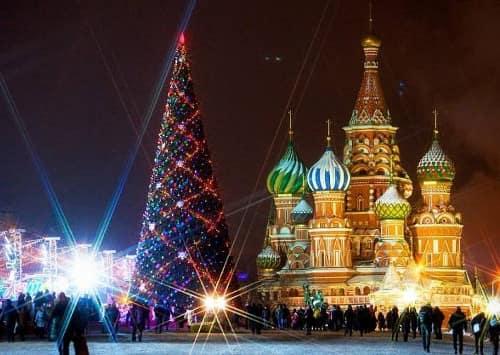 Как празднуется новый год в россии доклад 1420