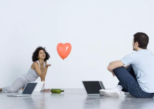 Как познакомится по интернету с девушкой советы секс знакомства без смс регистрации в липецке с телефоном