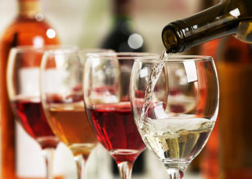 С чем пьют вино  закуски к вину